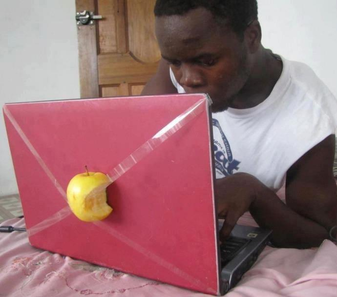 Turn a laptop into a MacBook!